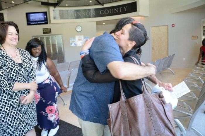 Американець Річард Джонс провів 17 років у вязниці за злочини, вчиненого його двійником (5 фото)