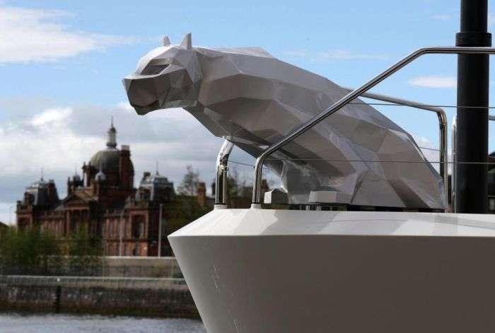 Яхта Lady M російського мільярдера Олексія Мордашова прибула в Глазго (8 фото)