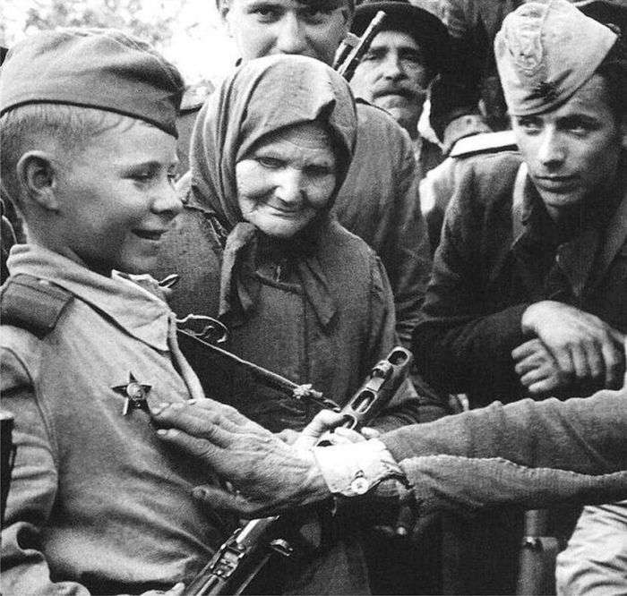 Найвідоміші фото Великої Вітчизняної війни (14 фото)