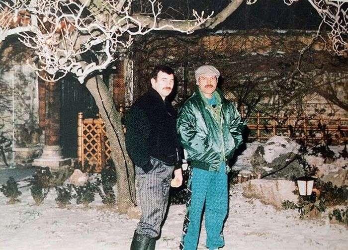 В мережі опублікували фото останнього бойфренда Фредді Меркюрі Джима Хаттона (24 фото)