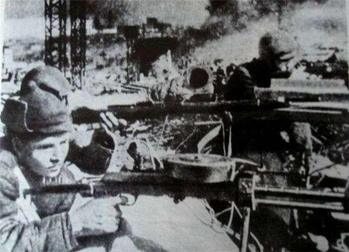 Ханпаша Нураділов – чеченець, знищила понад 900 гітлерівців (3 фото)