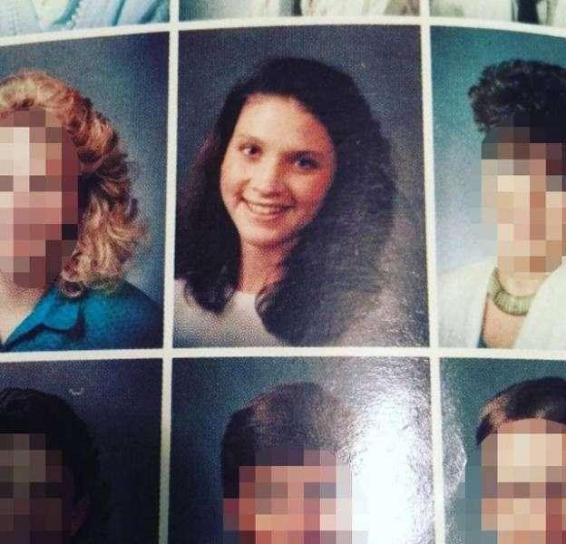 Колишня вчителька музики збільшила груди і стала фотомоделлю (17 фото)