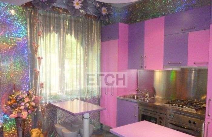 Незвичайний інтерєр московської квартири (4 фото)