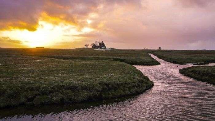 Халлиги - тимчасові острови біля узбережжя Північного моря (20 фото)