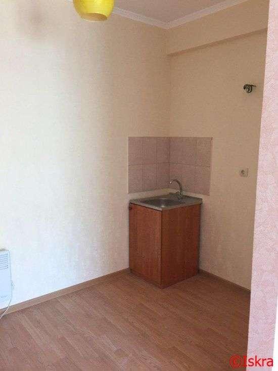 У Севастополі ветеранам видали по одній квартирі на двох (5 фото)
