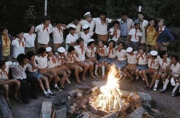 Літній табір для дорослих (10 фото)