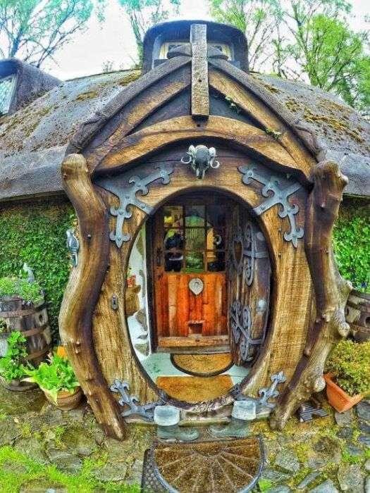 Житло Хоббіта в Шотландії (18 фото)
