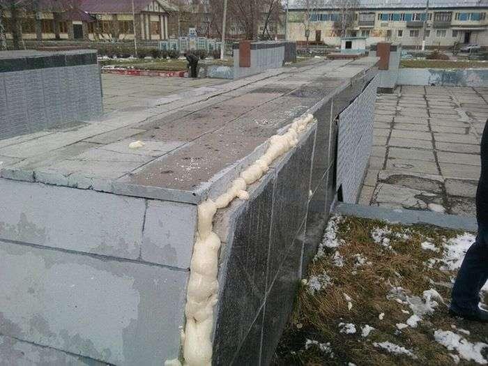 Ремонт меморіалу Великої Вітчизняної війни в Кемеровській області (7 фото)