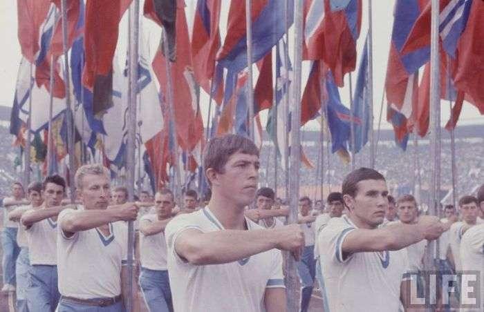 Радянська молодь 1960-х в обєктиві американського фотографа (40 фото)