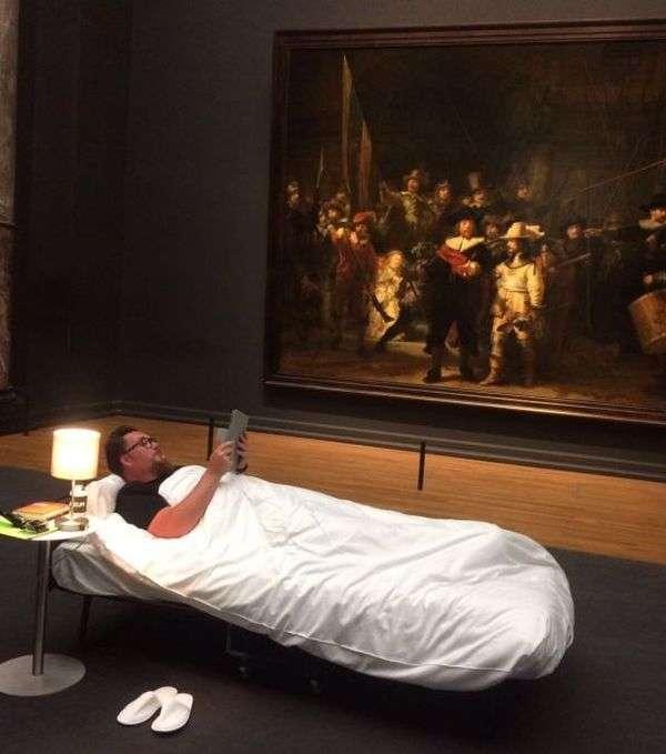 10-мільйонний відвідувач виставки переночував у музеї Рейксмюсеум в Амстердамі (4 фото)