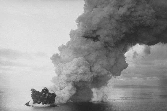 В Іжевську зявився дрейфуючий острів (6 фото)