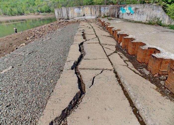 У Приморському краї через бездіяльність чиновників гине озеро (12 фото)