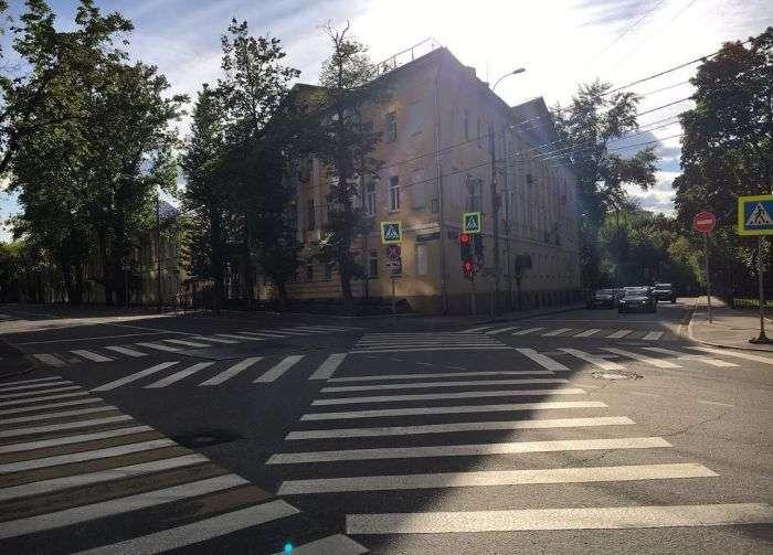 Суворі російські пішохідні переходи (18 фото)