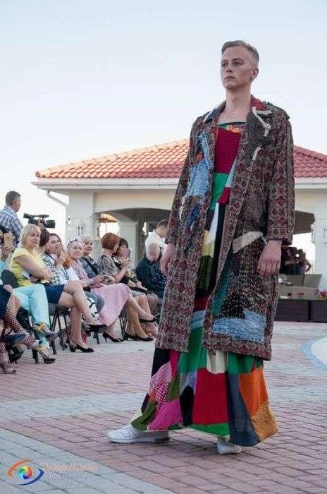 Самі незвичайні наряди модного показу Berdyansk fashion day (16 фото)