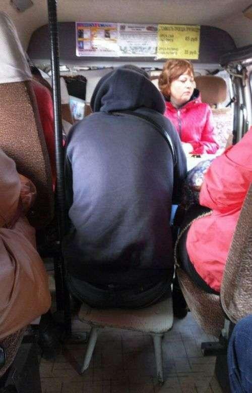 Приколи з громадського транспорту (37 фото)