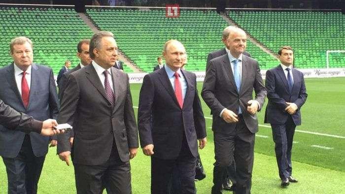 Президент ФІФА Джанні Інфантіно і Володимир Путін відвідали стадіон ФК «Краснодар» (4 фото)