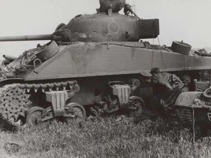 Інтервю радянського танкіста, який воював на танках союзників (22 фото)