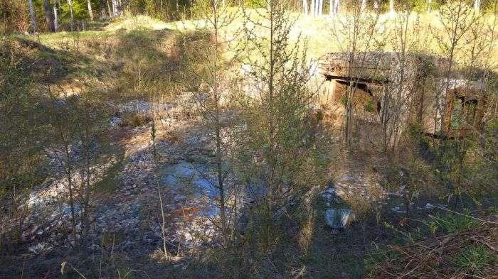 Мільярд радянських рублів захороненны у покинутій ракетній шахті (11 фото)