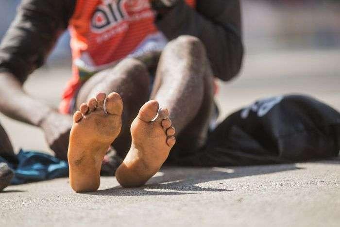 Кенієць Ібрагім Мукунга виграв Тартуський напівмарафон в шкарпетках (6 фото)
