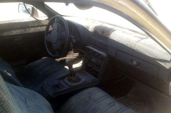 У Казахстані на утилізацію здали Porsche 924 1985 року випуску (5 фото)