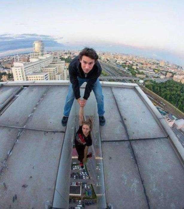 Жінкам теж властиві дурні і небезпечні речі (15 фото)