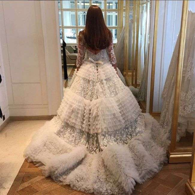 Молдавська модель Ксенія Делі і єгипетський мільйонер Оссама Аль-Шаріф відсвяткували річницю весілля (15 фото + відео)